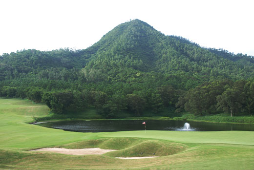 Cheung Shan Nicklaus Course 18th