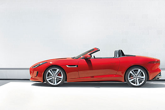 The F-Type's all-aluminum body and suspension makes for low weight and high rigidity