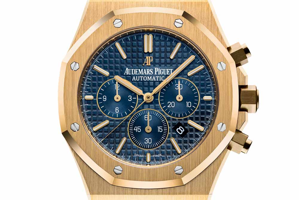 The Chronograph is equipped with AP's Selfwinding Calibre 2385