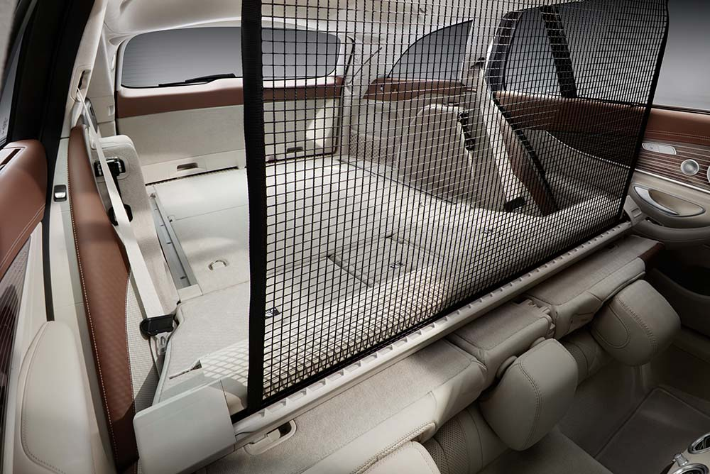The E-Class Estate's load compartment is one of the biggest in the segment