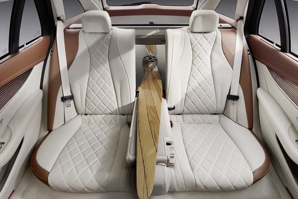 The rear seat backrest folds down in a 40:20:40 split as standard