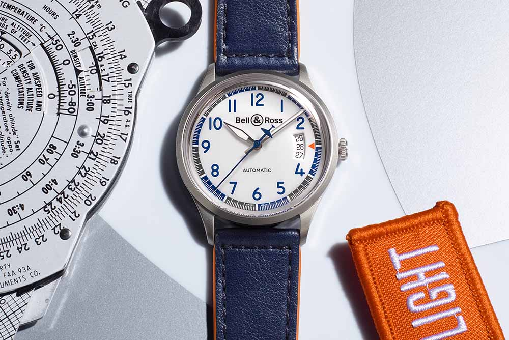 The Racing Bird V1-92 is a pilot's watch