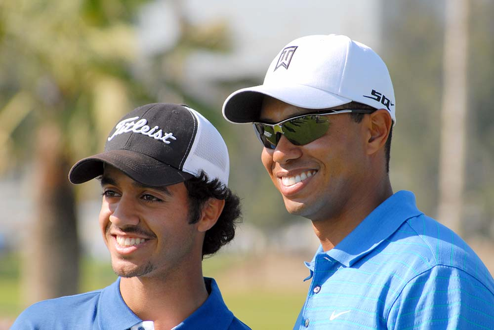 Othman Alumlla (Left) with Tiger Woods at the 2007 Dubai Desert Classic